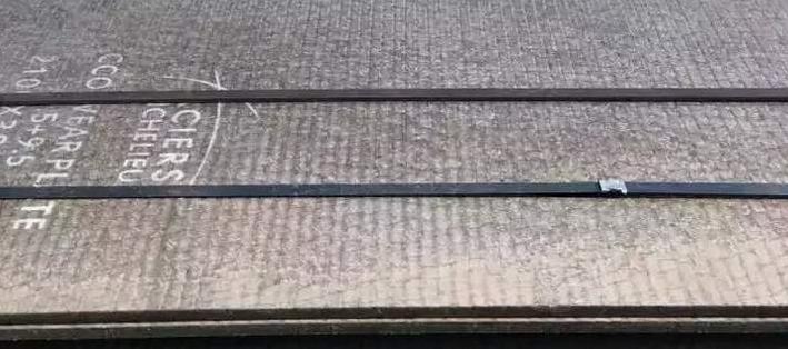 买复合耐磨板选天津飞鸿,可根据客户要求加工定制